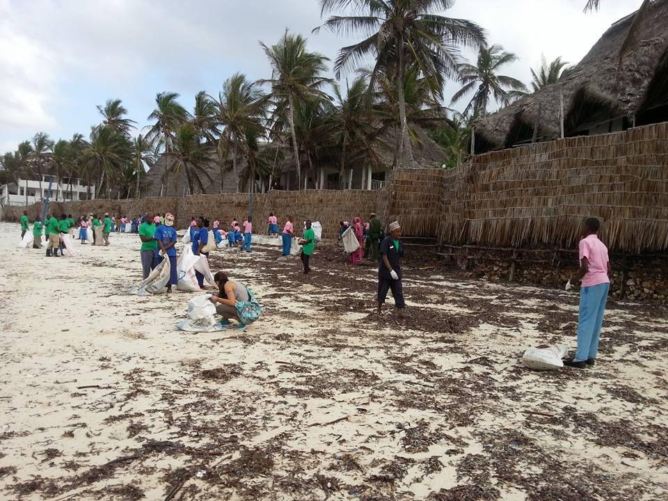 Risultati immagini per kenya watamu rifiuti