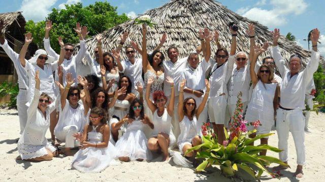 Matrimonio In Kenya : Matrimonio milionario sulla spiaggia di watamu